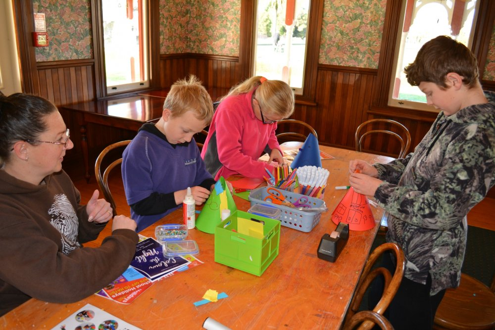 October School Holiday Drop-In Craft Activities - Week 1