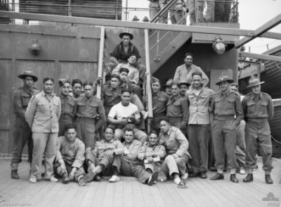 Sydney, NSW. Some Members Of 28th Maori Battalion, 4th Reinforcements, NZEF (New Zealand Expeditionary Force) On Board HMT Batory. Department of Information (Australia) / Public domain
